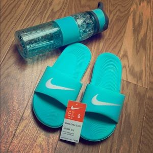 NWT women's Nike Kawa slide